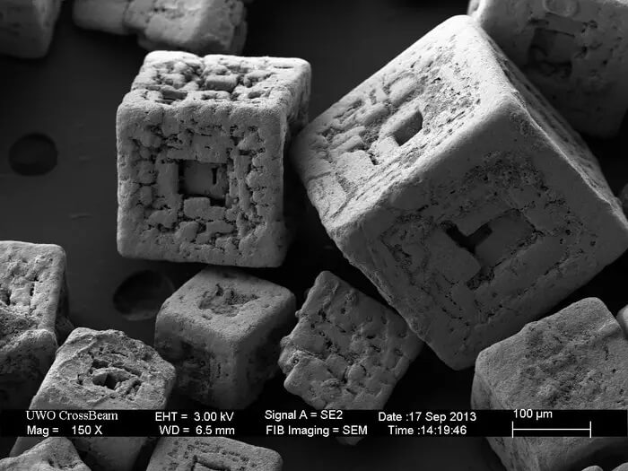 Salt under the microscope